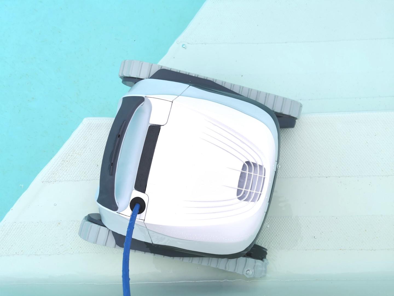 IRobot Mirra 530 Pool Cleaning Robot